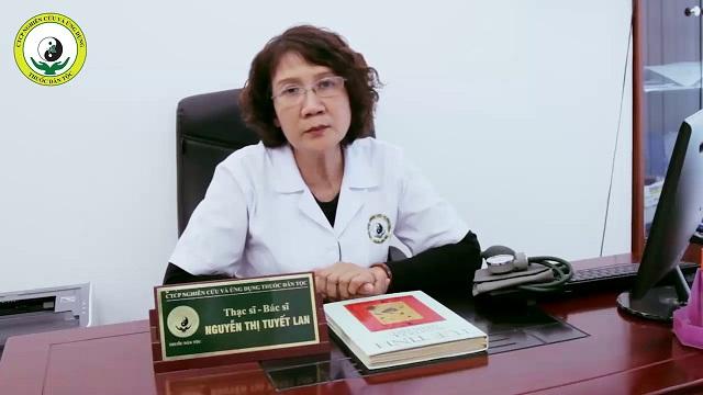 Thầy thuốc ưu tú, thạc sĩ, bác sĩ Tuyết Lan