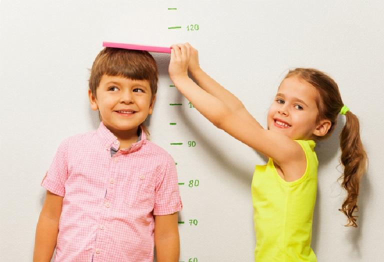 Cha mẹ cần chú ý đến các giai đoạn phát triển của trẻ