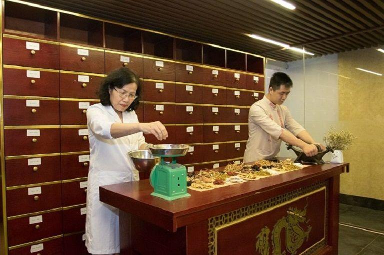 TS.BS Nguyễn Thị Vân Anh có đưa ra một số lưu ý khi sử dụng thuốc