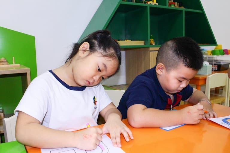 Em Hoàng Minh Phương - Trường Tiểu học Thăng Long Kidsmart đã điều trị thành công chứng bệnh viêm loét HP dạ dày