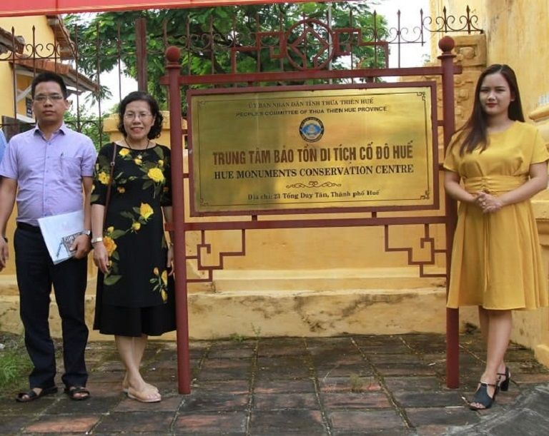 Bác sĩ Vân Anh đã có chuyến công tác tới Huế để tìm ra cội nguồn bài thuốc chữa dạ dày Cung Đình