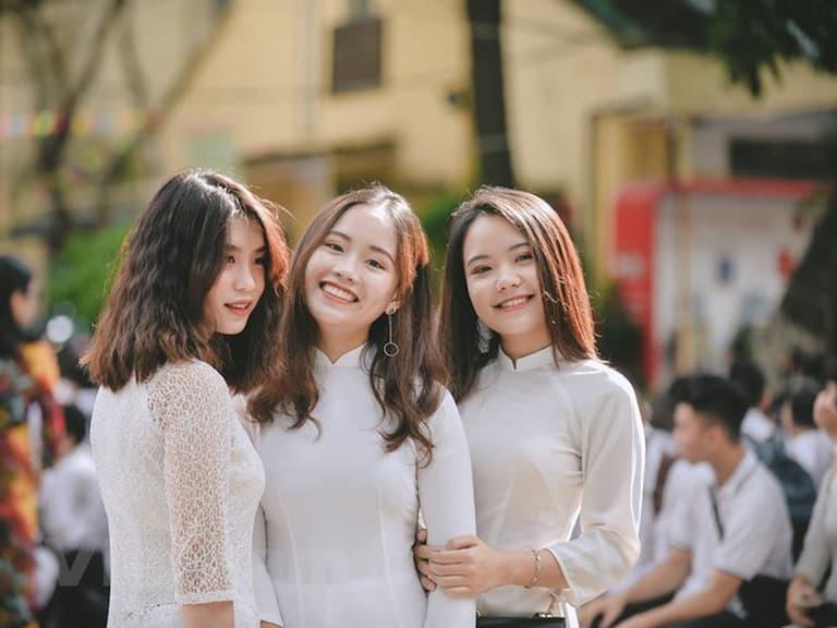 Em Nguyễn Mai Linh khỏi đau dạ dày nhờ dùng Nhất Nam Bình Vị Khang