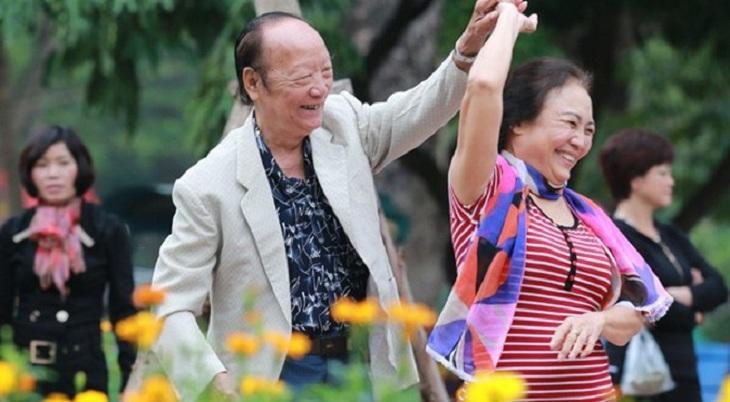 Nhất Nam Bình Vị Khang đã giúp chú Cường thoát khỏi căn bệnh viêm loét dạ dày nhiều năm và có sức khỏe tận để tận hưởng cuộc sống