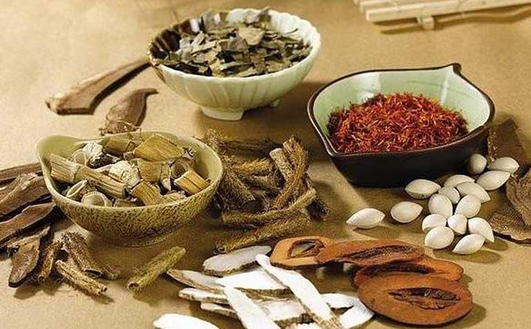 Dùng thuốc Đông y thay cho Tây y và các bài thuốc dân gian hiệu quả và an toàn hơn